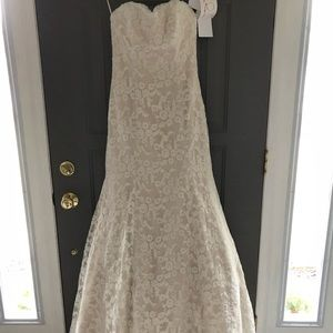 5849383aa hayley paige Dresses - Hayley Paige Cricket Lace Wedding Dress